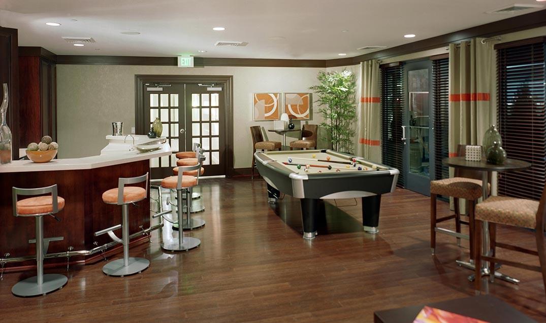 Palladian Apartments club room